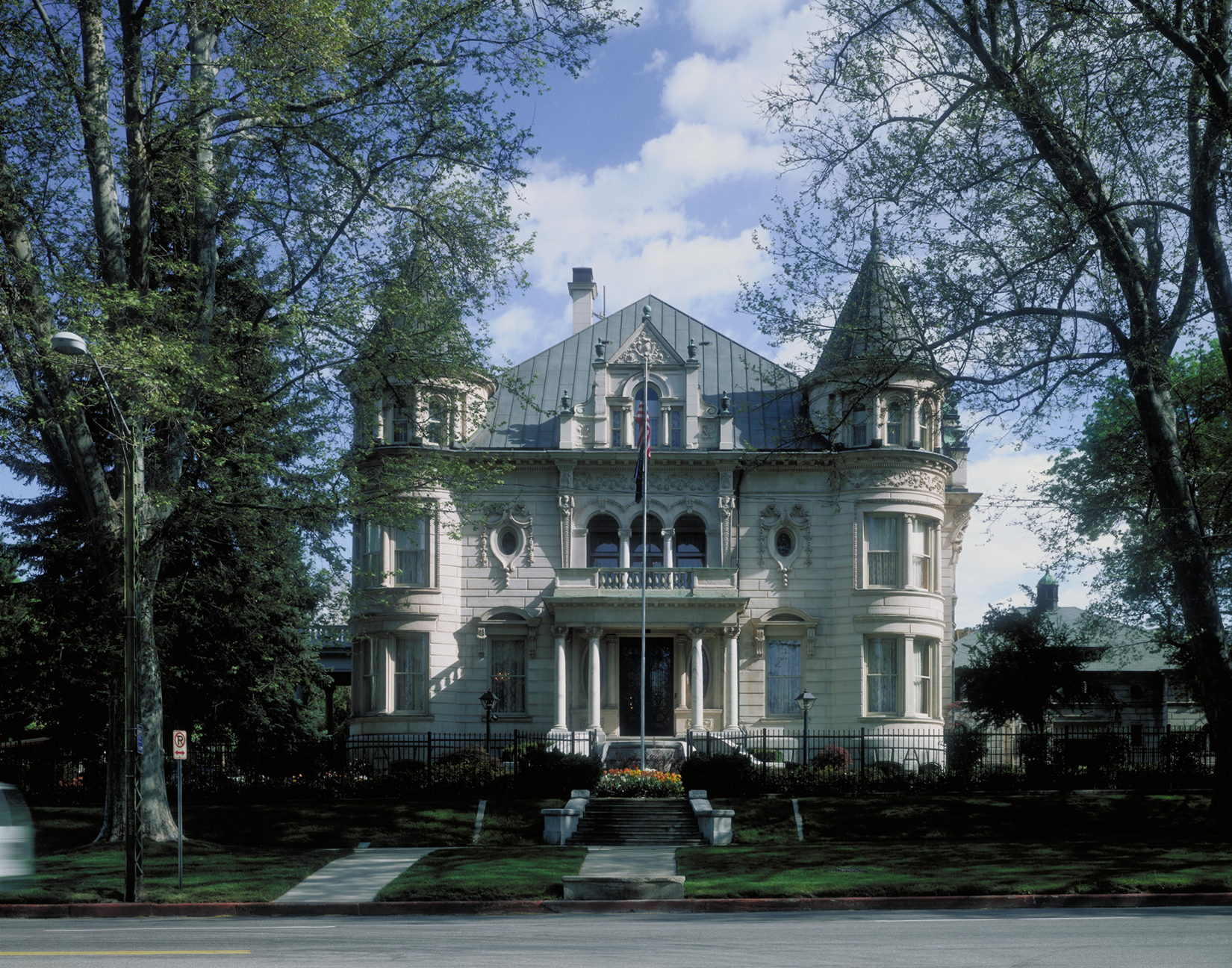 Governor_s-Mansion.1_Large